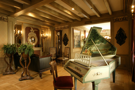 In Lounge Alley, you'll find a beautiful harpsichord