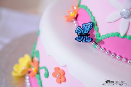 Disney's Wedding Cake of the Week: Pretty in Pink
