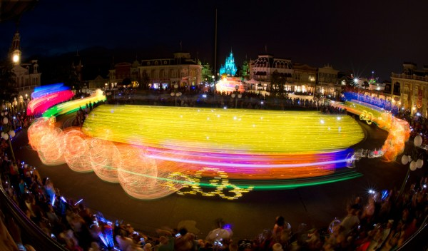 Disney Parks After Dark: Main Street Electrical Parade at Magic Kingdom Park in Fast-Forward