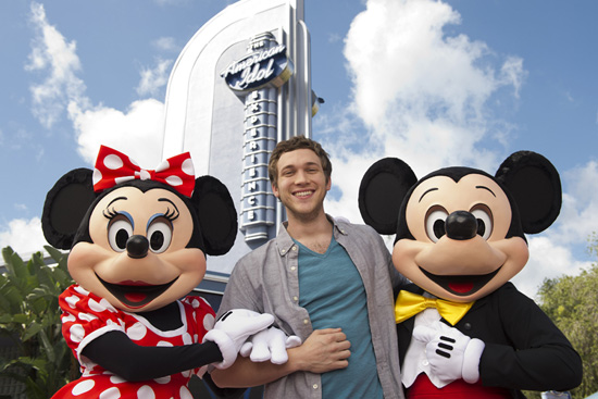 "American Idol,"" Phillip Phillips, surprised a theater full of park guests"
