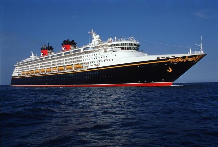 The Disney Wonder embodies the Disney Cruise Line tradition of blending the elegant grace of early 20th century transatlantic ocean liners with contemporary design to create a stylish and spectacular cruise ship.
