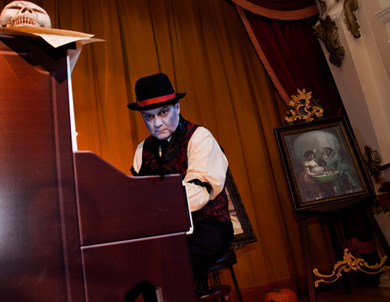 Mr. Key Daver performing in the Golden Horseshoe during Mickey's Halloween Party at Disneyland park