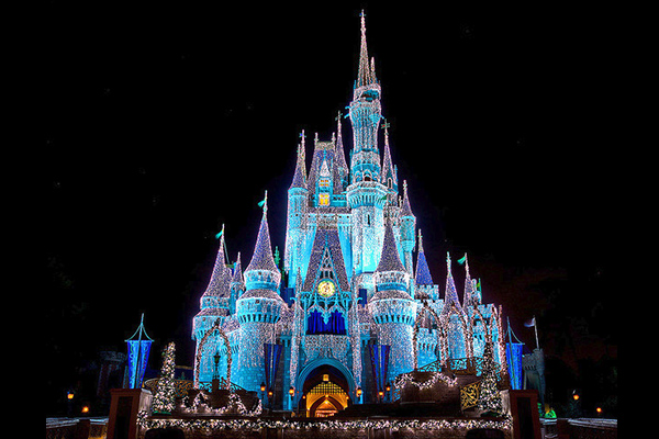 Seven Must Do's at the Walt Disney World Resort during the Holiday Season - Guest Blog Post