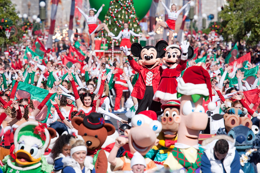 How To Experience The Holidays at Walt Disney World