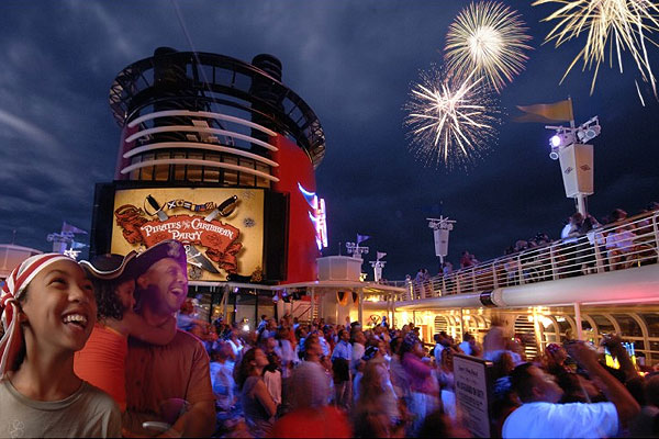 Here Is How You Can Save Money On Your Next Disney Cruise