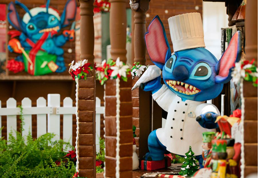 'Tis the Season for Gingerbread All Across Walt Disney World Resort