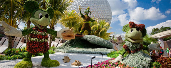Kermit and Miss Piggy Topiaries Will Debut at 21st Epcot International Flower & Garden Festival